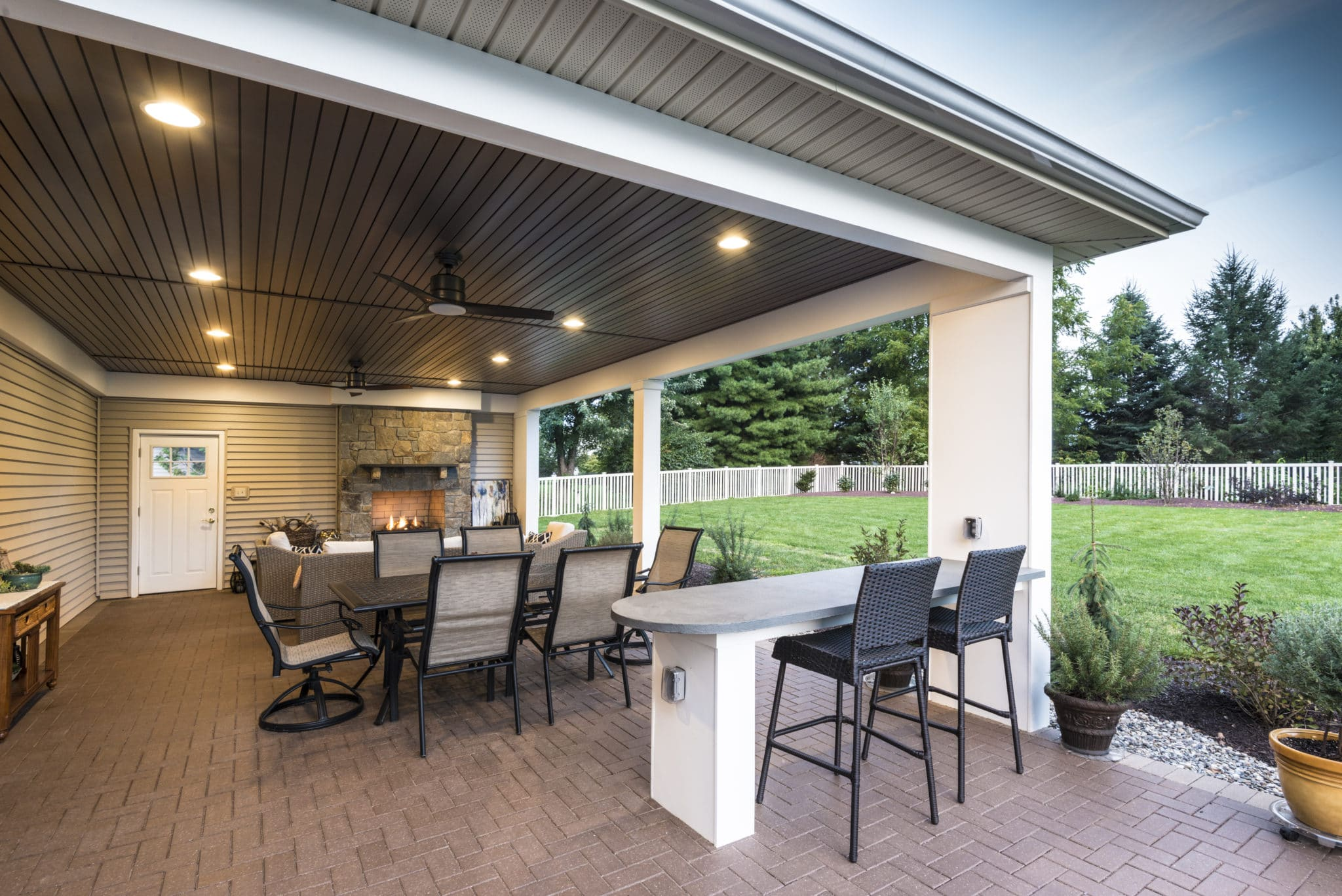 Outdoor Patio and Electric